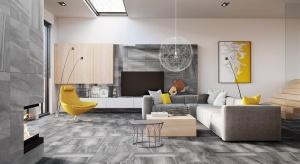 Decydując się na szare płytki na podłodze, czy ścianie warto wybrać wzory, w których spokojny, chłodny kolor przełamany jest ciekawym rysunkiem.