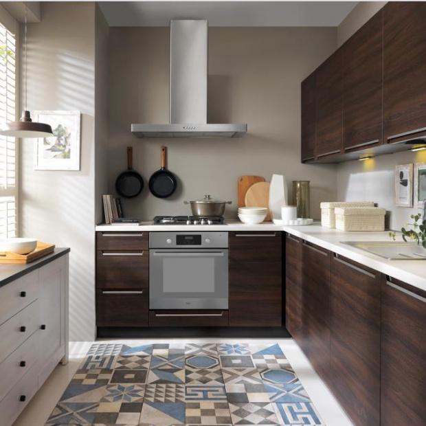 Meble kuchenne: na wymiar, modułowe albo gotowe zestawy