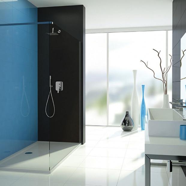 Modna strefa prysznica: wykorzystaj łazienkowe wnęki!