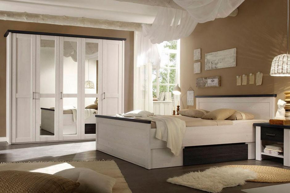 Prawdopodobnie nie zdajesz sobie nawet sprawy z korzyści płynących z regularnego wysypiania się oraz spania na odpowiednim łóżku. Odpowiednim czyli nie tylko pasującym do wnętrza, lecz także wygodnym, dzięki właściwie dobranemu materacowi. Fot. BRW