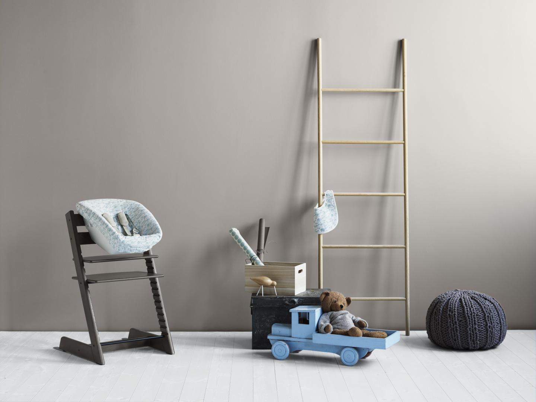 Krzesełko Tripp Trapp w kolorze Hazy Grey. Fot. Stokke