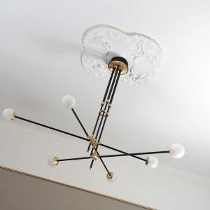 Lampa Intueri Lights bullarum. Fot. Mesmetric
