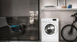 Szukacie energooszczędnej pralki, która szybko upierze ubrania? Zobaczcie najnowszy model.