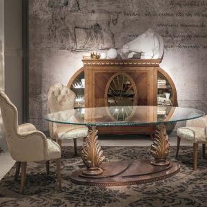 Stół TA57 marki Carpanelli. Fot. Galeria Heban