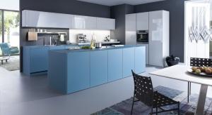 Jak urządzić kuchnię na nadchodzące lato? Co powiecie na kolorowe fronty kuchenne?