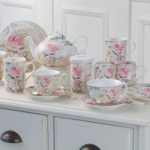 Kuchnia w stylu rustykalnym: dobierz piękną porcelanę