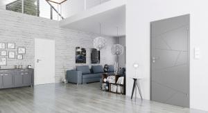 Styl minimalistyczny pozostaje jedną z głównych tendencji w aranżacji wnętrz. Zobaczcie, jak podkreślić go odpowiednimi drzwiami.