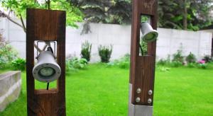 Szukacie ciekawej dekoracji do ogrodu? Co powiecie na designerską, oryginalną lampę wykonaną z betonu?