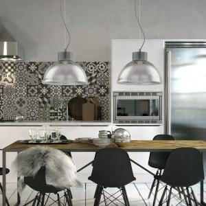 Lampa Factory idealnie nadaje się do nowoczesnych wnętrz w stylu loft.  Fot. Nowodvorski Lighting