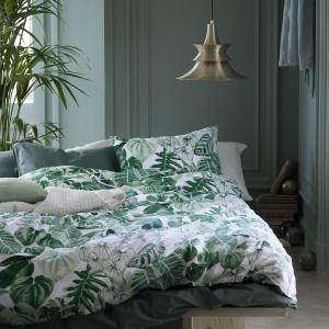 Pościel z nadrukiem tropikalnych liści. Fot. H&M Home
