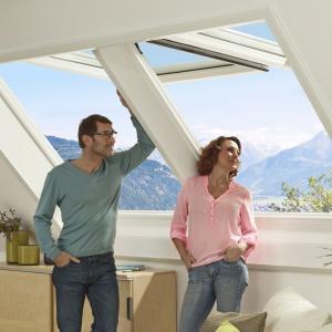 Poddasze pełne słońca: dobierz okno dachowe