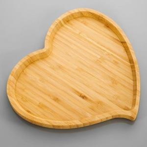 Akcesoria kuchenne: postaw na drewno [dużo produktów z cenami]