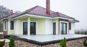 Gotowe płyty tarasowe przystosowane są do surowych warunków atmosferycznych, to idealna propozycja na przydomowy taras, ścieżkę ogrodową czy patio.<br /><br />