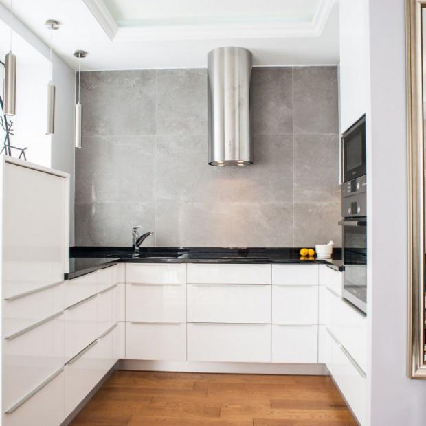 Pomysły architektów na białą kuchnie