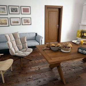 Podłoga z litego drewna: jak wybrać najlepszą?