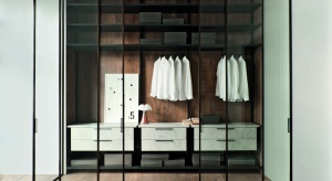 Współczesne drzwi we wnętrzach są również ich dekoracją. Zobaczcie designerskie nowości z Mediolanu.