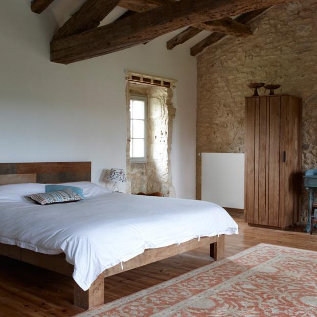 Praktycza sypialnia - gdzie umieścić grzejnik