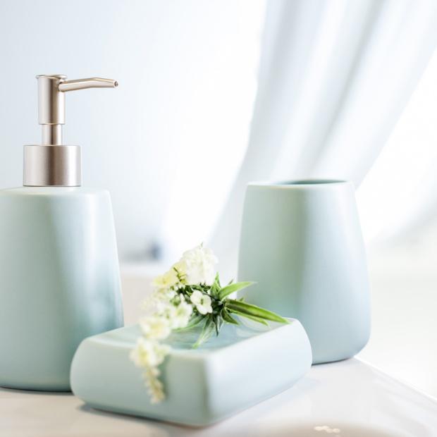 Modna łazienka - postaw na pastelowe dodatki