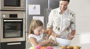 Wbrew pozorom do najbrudniejszych miejsc w naszych mieszkaniach i domach nie należy toaleta, ale... kuchnia - a dokładniej lodówka, zlew i blat kuchenny.Czy można ustrzec dzieci przed kontaktem z niebezpiecznymi drobnoustrojami?