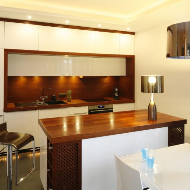 Meblujemy kuchnię: szafki górne w dwóch rzędach