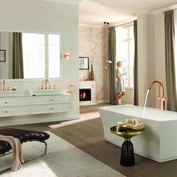 Różowe złoto – nowy trend w dekoracji wnętrz