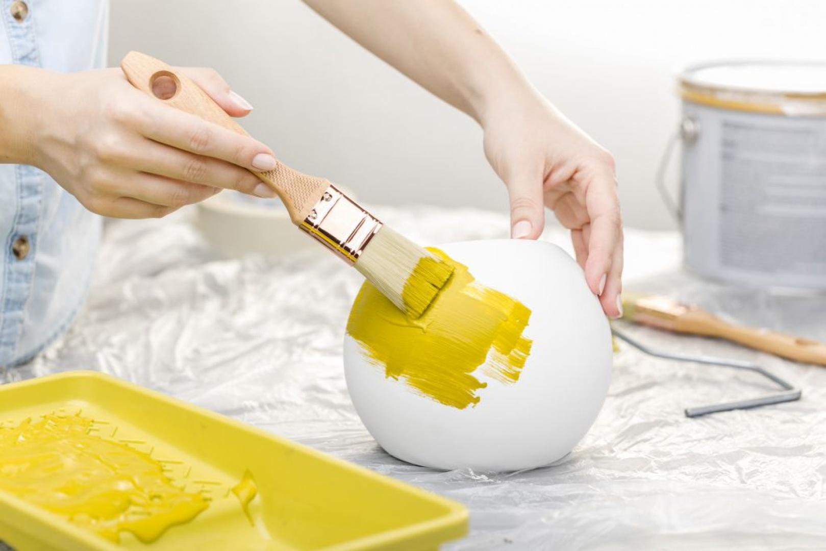 Malowanie oprawy Lumigesso. Fot. GTV