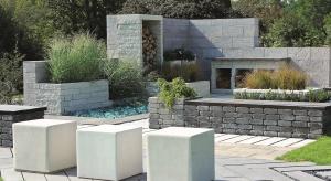 Ogród stanowi naturalne przedłużenie domu i - podobnie jak wnętrza - potrzebuje wyposażenia, które uczyni go funkcjonalnym oraz podkreśli jego wyjątkowy styl. Do takich elementów należą meble ogrodowe, które przenoszą komfort domu na świeże