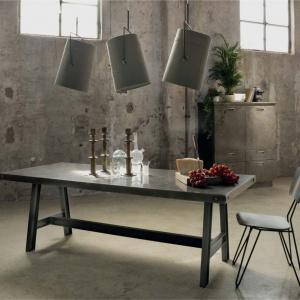 Lampy Fork marki Diesel by Foscarini, abażury inspirowane  są namiotami, światło ujawnia strukturę płótna.