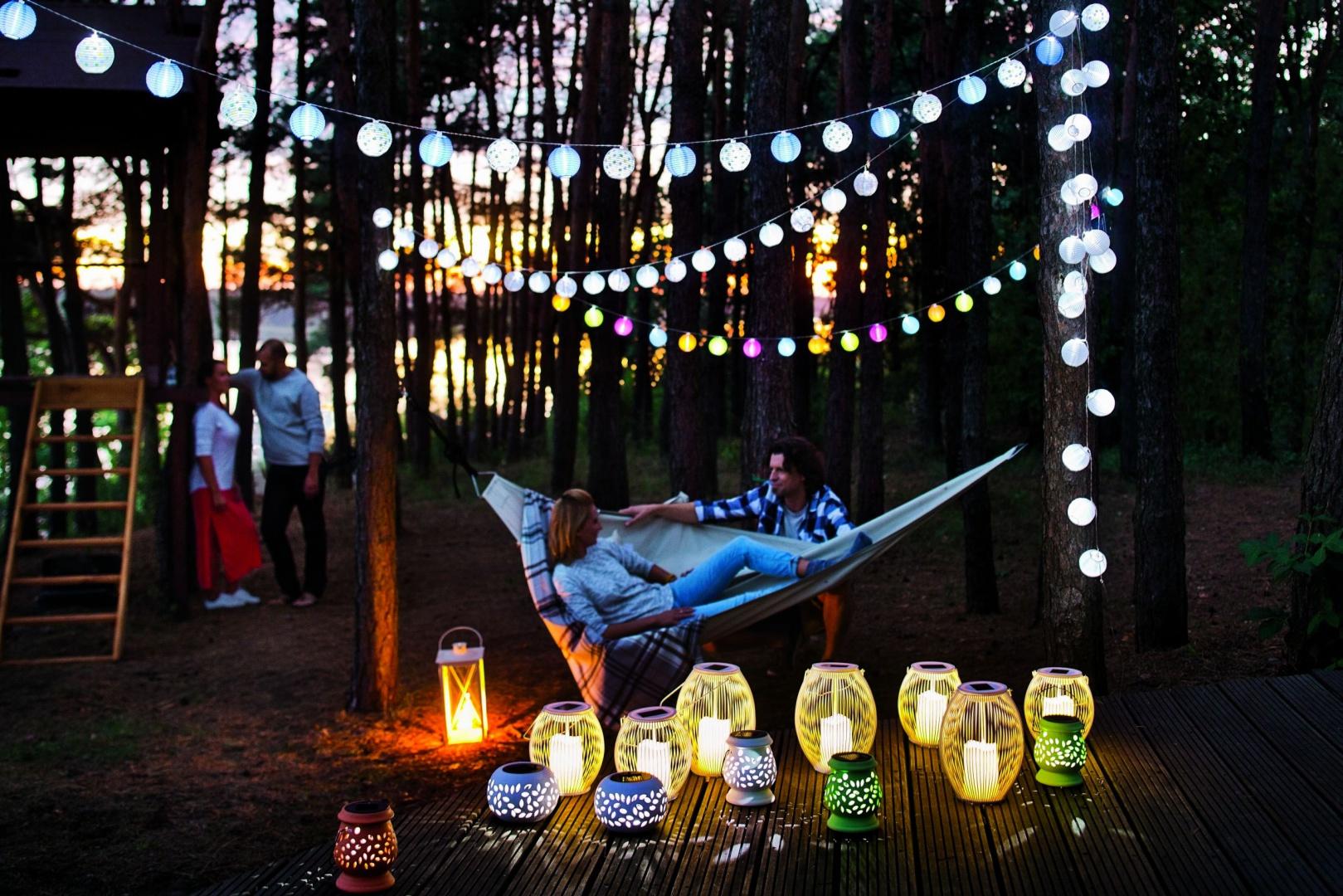 Lampki i girlandy solarne. Fot. Castorama