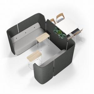 Opracowana i zaprojektowana we współpracy ze szwedzkim projektantem Olle Gyllangiem z firmy Propeller Design seria Fields obejmuje meble wspierające nowoczesny styl pracy, stworzone z myślą o przestrzeni biurowej opartej na aktywności. Fot. Kinnarps.