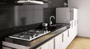 Bateria kuchenna w kształcie litery U to rozwiązanie, które cieszy się ogromną popularnością. Doskonale pasuje zarówno do klasycznych, jak i nowoczesnych aranżacji.