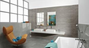 Okładzina ścian powinna stanowić eleganckie tło dla nowoczesnego wyposażenia. Wybór koloru płytek jest bardzo istotny – idealne do wnętrz wydają się być barwy stonowane – popularne beże, ponadczasowe biele oraz eleganckie szarości.