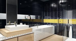 Ze wszystkich pomieszczeń w domu łazienka jest najbardziej nasycona iluzjami optycznymi. Poznaj triki, pozwalające ją powiększyć.