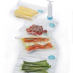 WORECZKI PRÓŻNIOWE w zestawie z pompką do pakowania próżniowego pomogą zaoszczędzić miejsce i zapewniają dłuższą trwałość i wyższą jakość mrożonej żywności. 74 zł, Kitchen Kraft.
