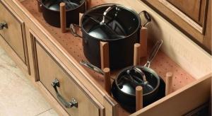 Czynią kuchnię pojemną i funkcjonalną oraz uporządkowaną – organizery do szuflad trzeba umieć wykorzystać. Jak? Oto kilka przykładów najciekawszych rozwiązań.