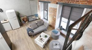 XIX-wieczne mury starej fabryki papieru tak zachwyciły właściciela mieszkania, że decyzję o jego zakupie podjął w jedno popołudnie.