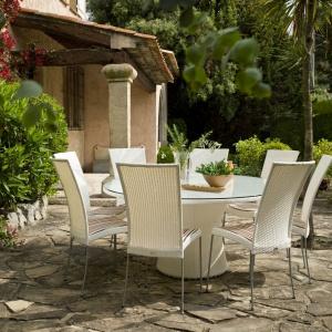 Krzesło ogrodowe SATURN z unikatowej kolekcji Avantgarde stworzonej z myślą o aranżacji nowoczesnych przestrzeni. Sika Design