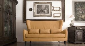 Tapicerowane meble, jak sofa czy fotele, to elementy aranżacji, które zdecydowanie wpływają na charakter wnętrza. Jak sprawić, by przez długi czas zachwycały intensywnym kolorem i fakturą obicia?