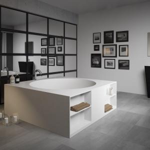 Łazienka dla rodziny – 10 wanien z praktycznymi półkami