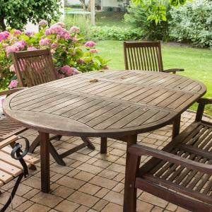 Drewno w ogrodzie - zabezpiecz je na zimę!