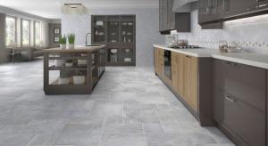 Płytki ceramiczne to wciąż bardzopopularny sposób na dekorację ścian i podłóg w kuchni.