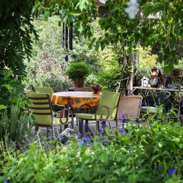 Ogród rustykalny ciągle modny