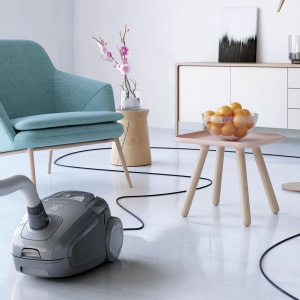 Odkurzacz Electrolux UltraSilencer Zen emituje hałas na poziomie zaledwie 58 dB, co pozwala nam na m.in. prowadzenie rozmowy podczas odkurzania lub po prostu cieszeniem się ciszą. Fot. Electrolux
