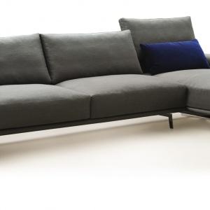 Sofa Upper plaini. Fot. Upper Sofa