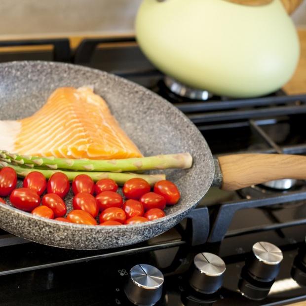 Akcesoria kuchenne - uniwersalne patelnie