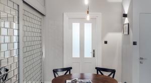 Warchitekturze pomieszczeń niekiedy zachowanie dawnych elementów kształtuje całą aranżację. Tak na przykład dzieje się podczas projektowania nowoczesnych mieszkań z wykorzystaniem starych elementów wyposażenia.