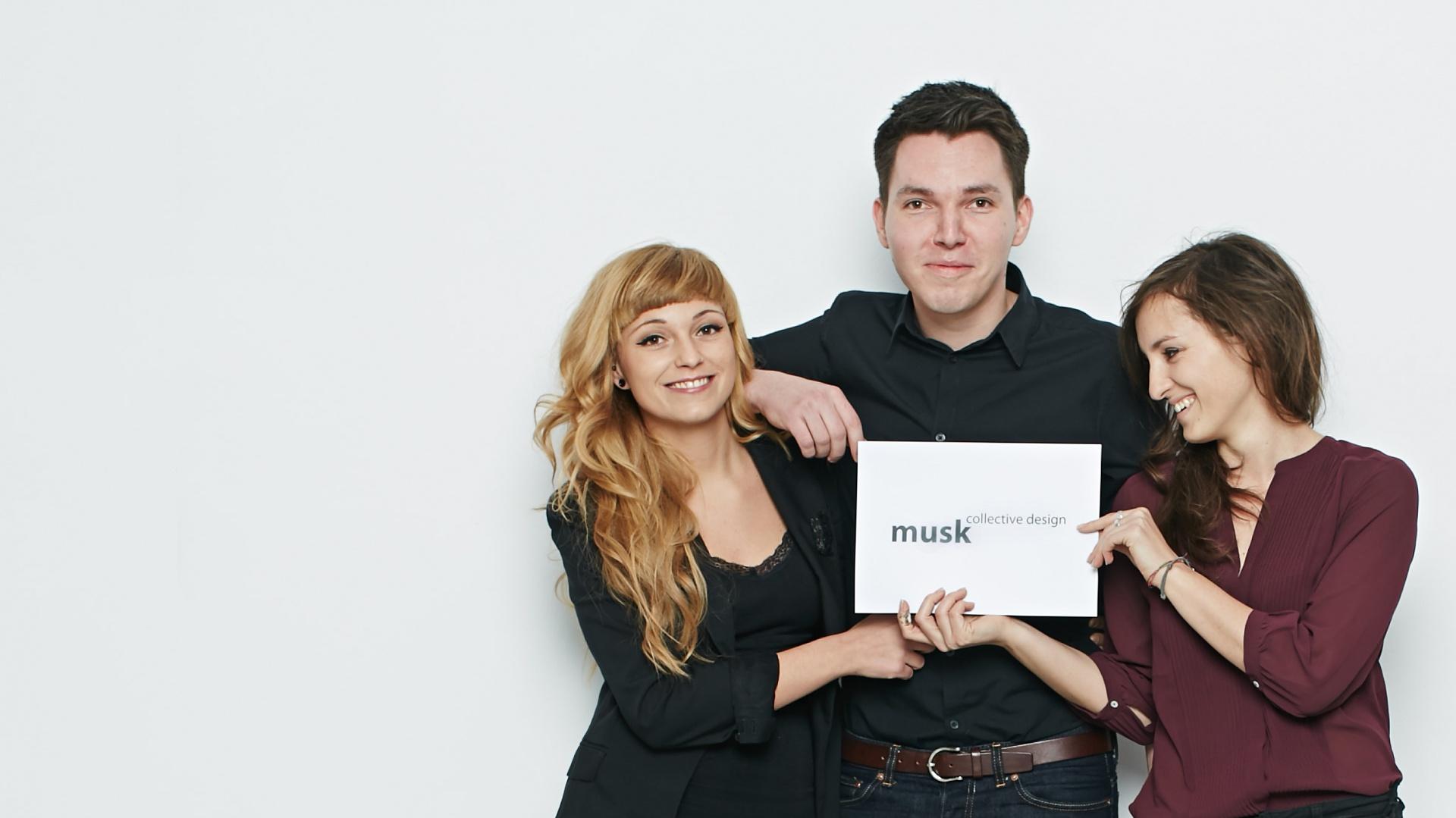 Weronika Kiersztejn, Józek Madej i Katarzyna Sąsiadek tworzą kolektyw Musk. Fot. Kolektyw Musk.