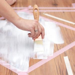 Do dużych kwadratów zastosowano kolor biały pieprz. Fot. blog Pani to potrafi