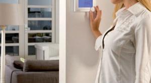 Odpowiedzią na rosnące potrzeby w zakresie komfortu i oszczędzania energii są zaawansowane systemy automatyki, które nie tylko gwarantują komfortową temperaturę, ale także przynoszą realne oszczędności.