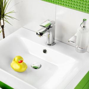 Kolorowa łazienka: dopasuj armaturę i dodatki